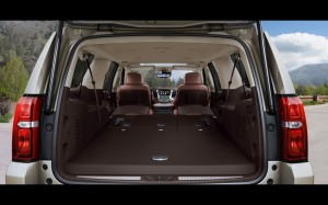 2015-Chevrolet-Tahoe-and-Suburban-Chevrolet-Suburban-Interior-3-1280x800