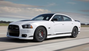 2014-Dodge-Charger-SRT8-8-Speed