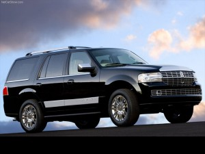 Lincoln-Navigator_2007_800x600_wallpaper_03